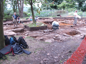 Click to enlarge image of the Old Vicarage Garden on day 25